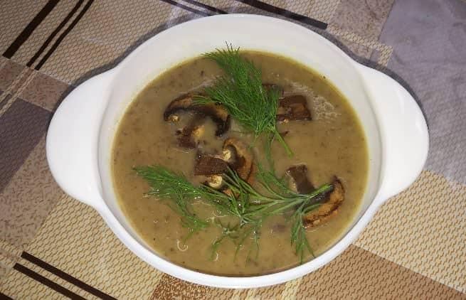 Ділюся, як приготувати 2 варіанти супу з печериць в одній каструлі