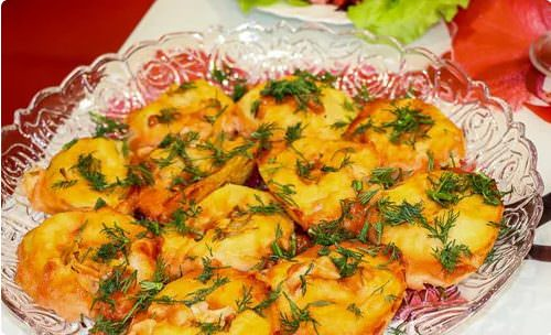 Пісний картопляний рулет з грибами. Пісна страва дуже смачна