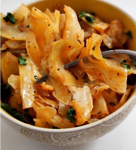 Пісний рецепт капусти в духовці - це дуже смачна страва