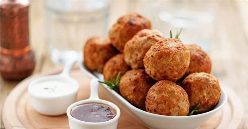 Тефтелі з індички, запечені в духовці - низькокалорійна і смачна страва